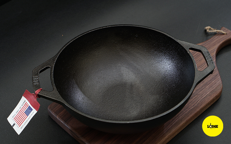Chảo gang Lodge kiểu Wok Mini 23 cm
